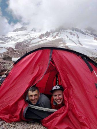 Лагерь на метеостанции