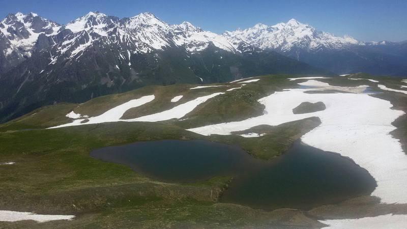 Горное озеро в Сванетии