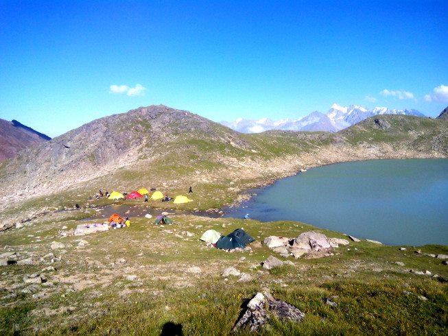 Палатки где-то возле Эльбруса