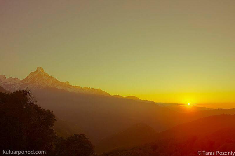 схід сонця в Гімалаїя