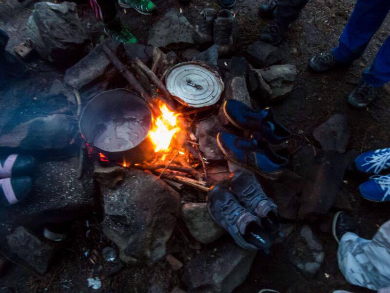 Сушка обуви в походе