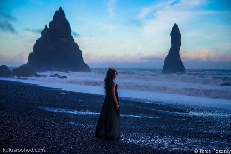 Куда ж без платья в Исландии?