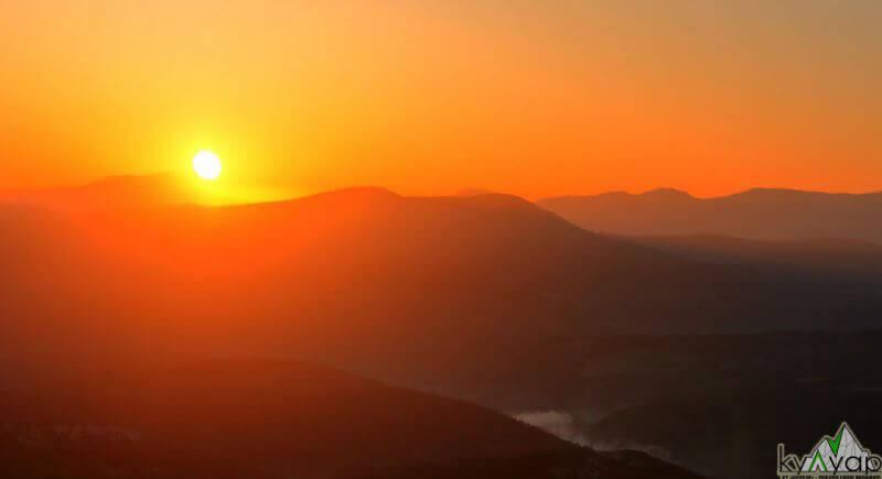 восход на Мангупе
