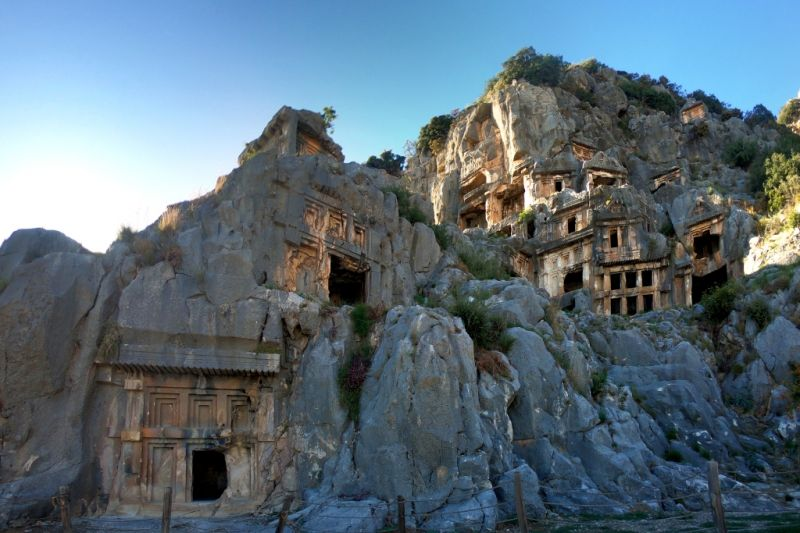 Древние ликийские гробницы