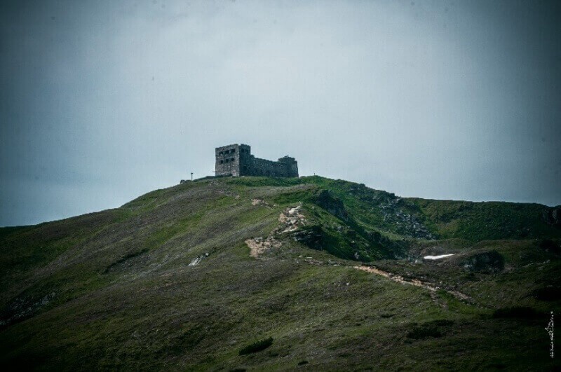 Вершина Поп-иван черногорский