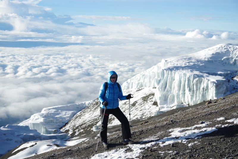Пуховка для восхождения на Килиманджаро