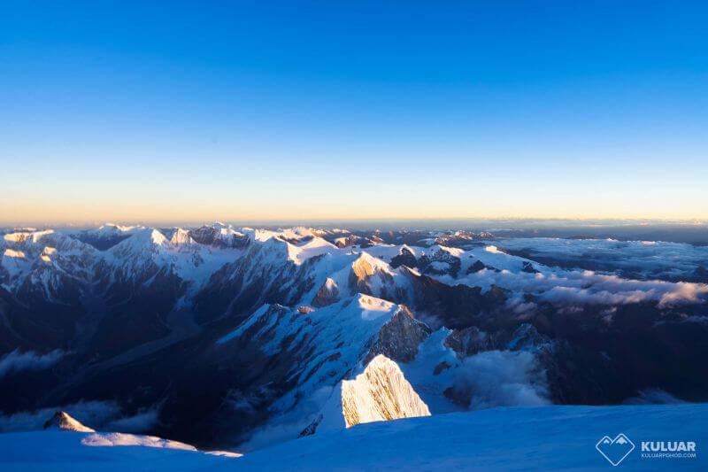 Рассвет на 8000м