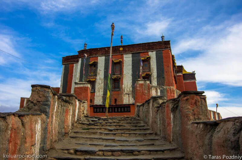 монастырь в Царанге