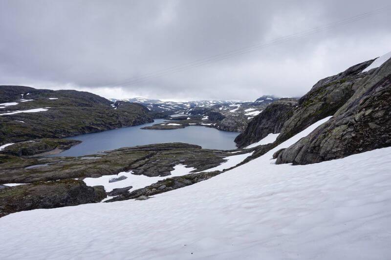 Каменисто-снежные тропы Норвегии