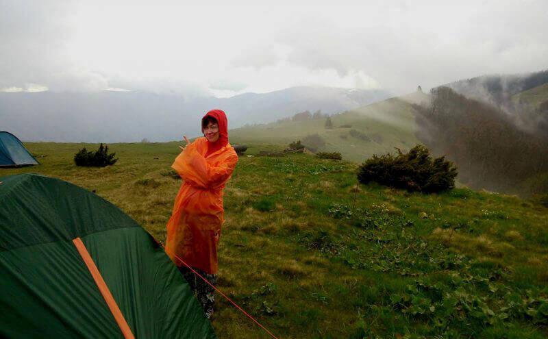 Мій неоново-оранжевий дощовик