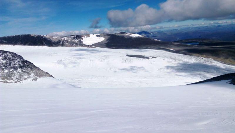 Снежные склоны норвежских гор