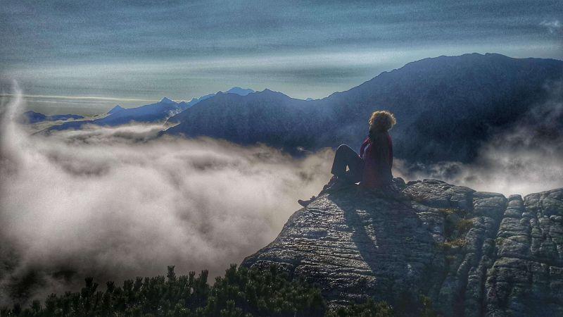 Туманное утро в горах