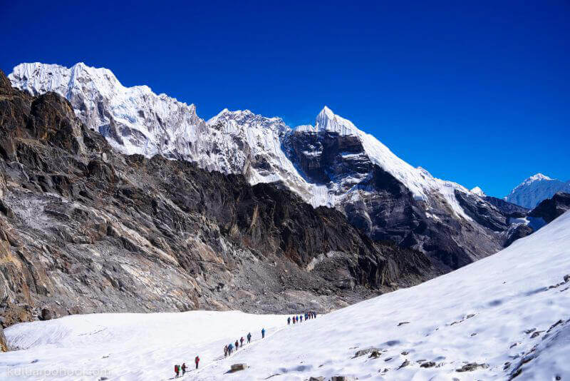 Тур к Эвересту через озера Гокио весной 2017