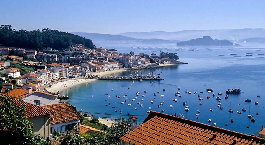 Походы в Португалии – это пешие туры по знаменитому пути Сантьяго – древнему паломническому пути длиной более 800 км. Вы побываете сразу в двух странах (Португалии и Испании), познакомитесь с местной культурой, архитектурой и кухней.