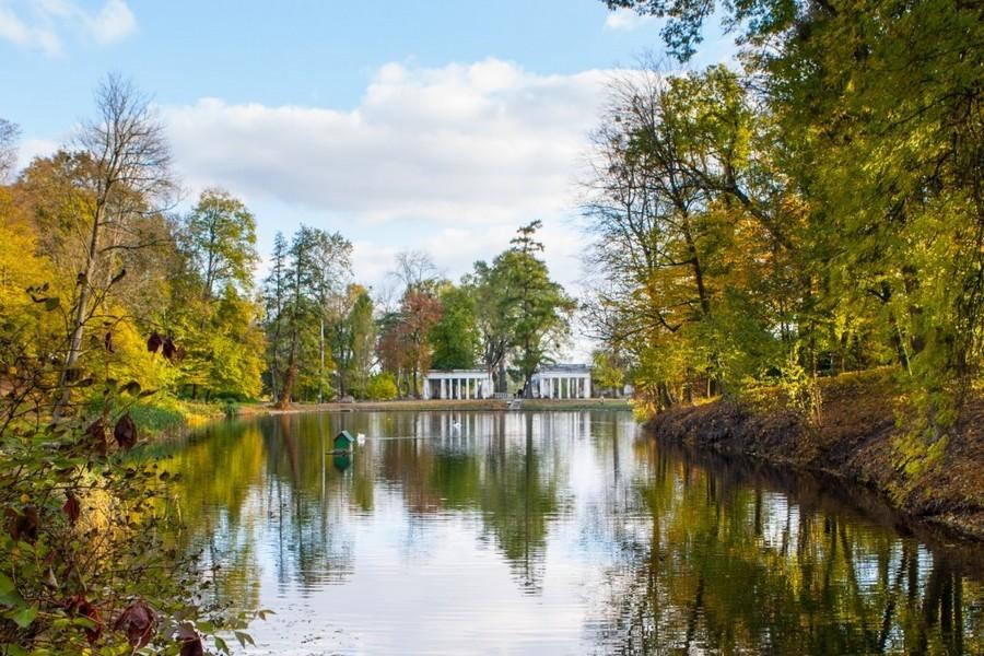 Парк Александрия и река Рось