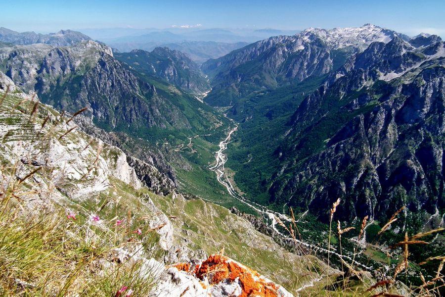 Походы в Албании