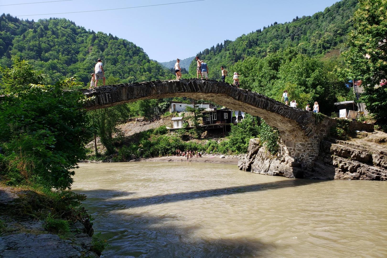 Міст Цариці Тамари